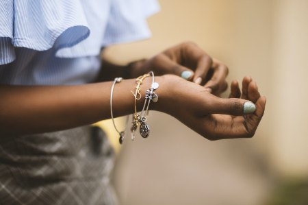 How to Design Your Own Jewelry at Home